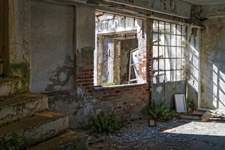 abandoned-1845188_1280