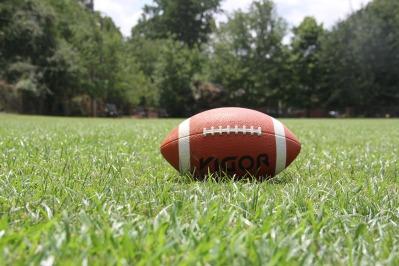american-football-1666276_1920